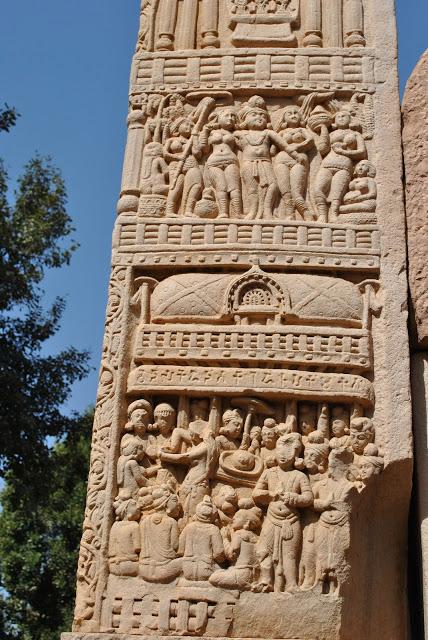 14.+Stupa+1+Southern+Gateway+-+Ashoka+and+Indra