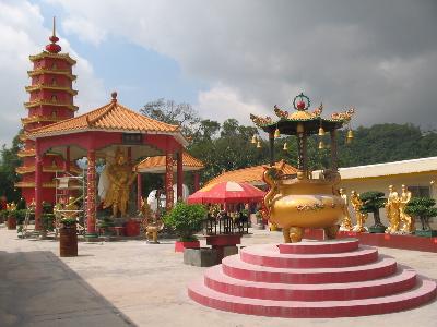 10kbuddhas.courtyard