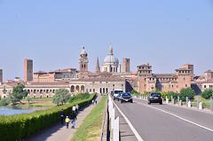 Renaissance Skyline mantua