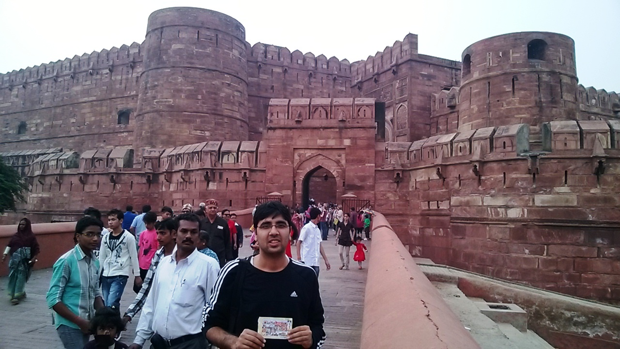 Nishant at Agra Fort