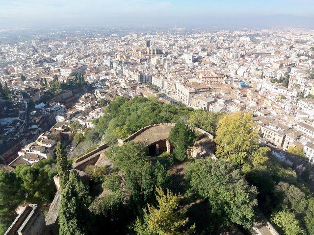Spain-Granada-Alhambra-Fort-view