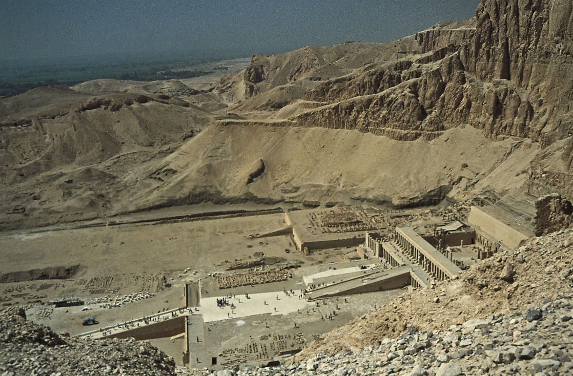 Ancient Thebes with its Necropolis - Egypt Cathrin Eszbach