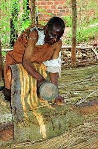 Barkcloth making in Uganda