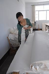 Traditional handicrafts of making Xuan paper
