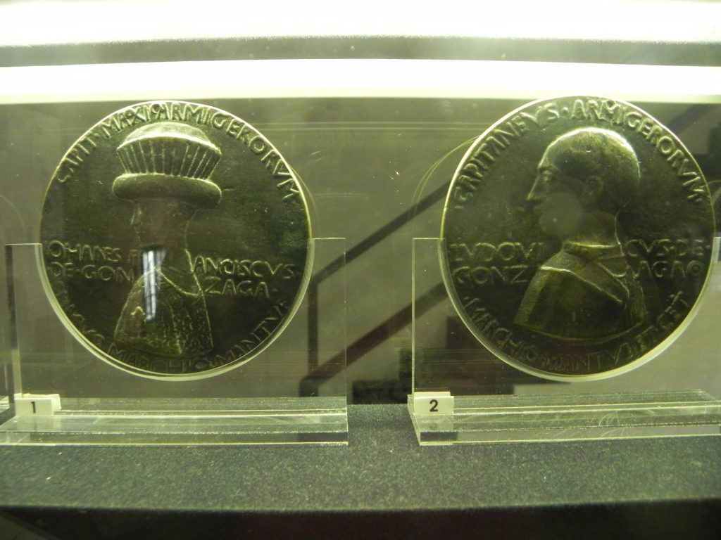 Medals portraying to the left Gianfrancesco I and to the right Ludovico II Gonzaga