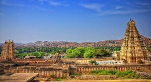 How Vernacular Architecture of Hampi Shaped Community Interaction