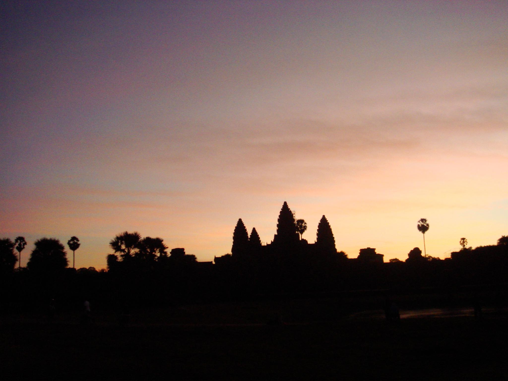 Angkor Wat @ dawn Angkor Wat - Cambodia Paul Fenton