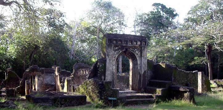 http://gounesco.com.s3-ap-southeast-1.amazonaws.com/wp-content/uploads/2014/05/09143349/gede-ruins.jpg