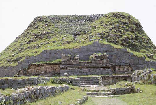 The Dharmarajika Stupa Photo credit: http://www.orientalarchitecture.com/sid/575/pakistan/taxila/dharmarajika-stupa