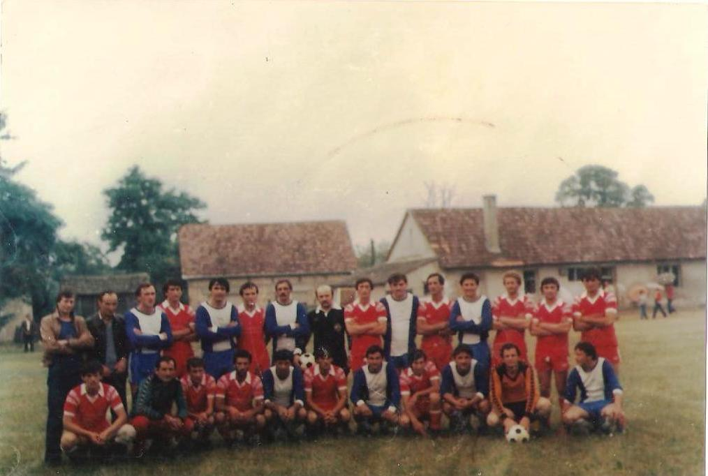 Local football team at the beginnings of eighties (my dad in the middle of the last row, as a referee)