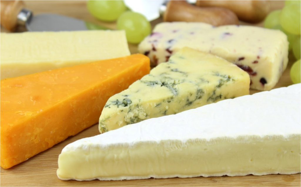 British cheeses (Source: http://www.picserver.org/c/cheese-platter01.html)