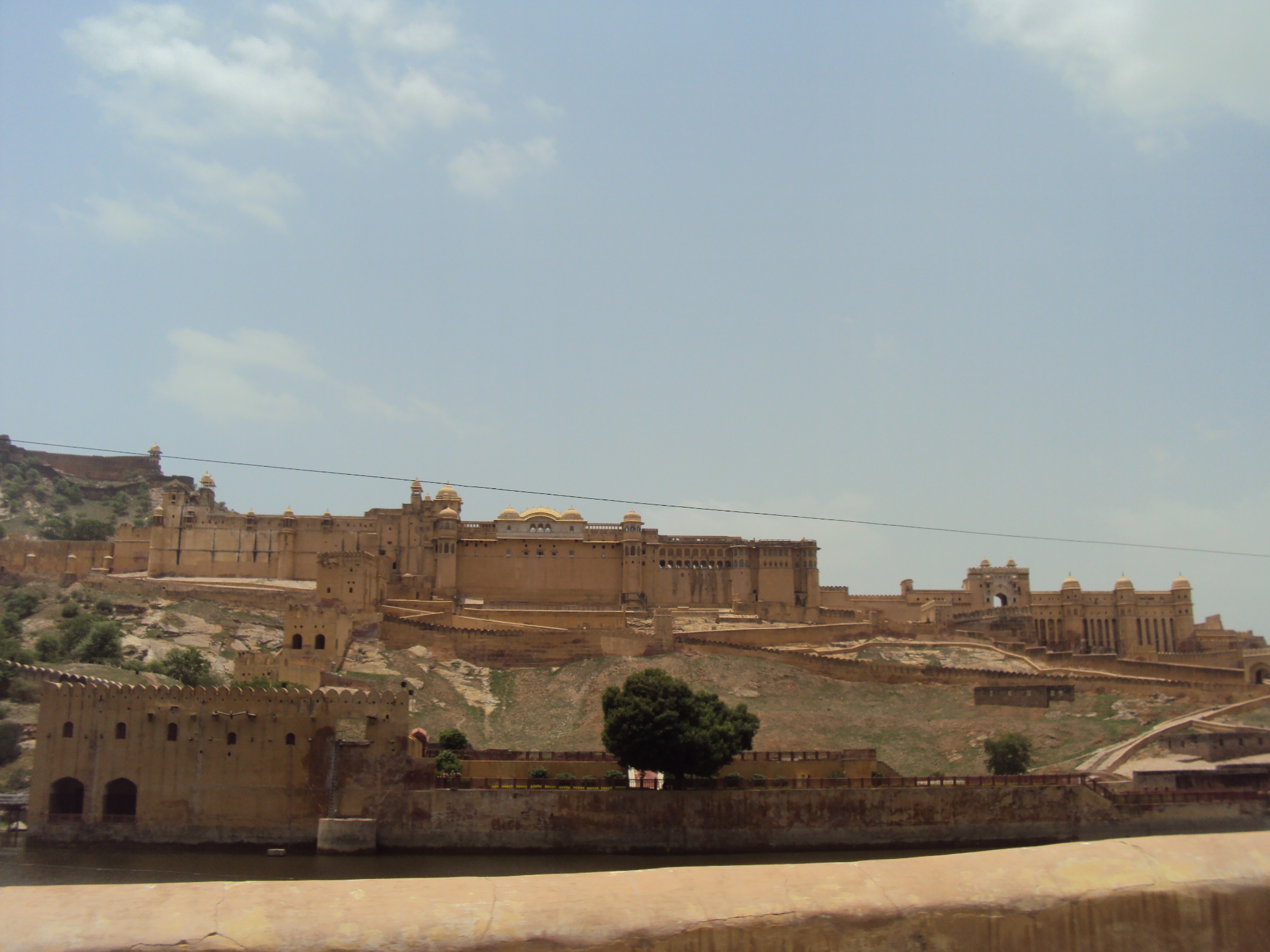 The Rajput Style Hill Forts of Rajasthan - India Aakriti Suresh