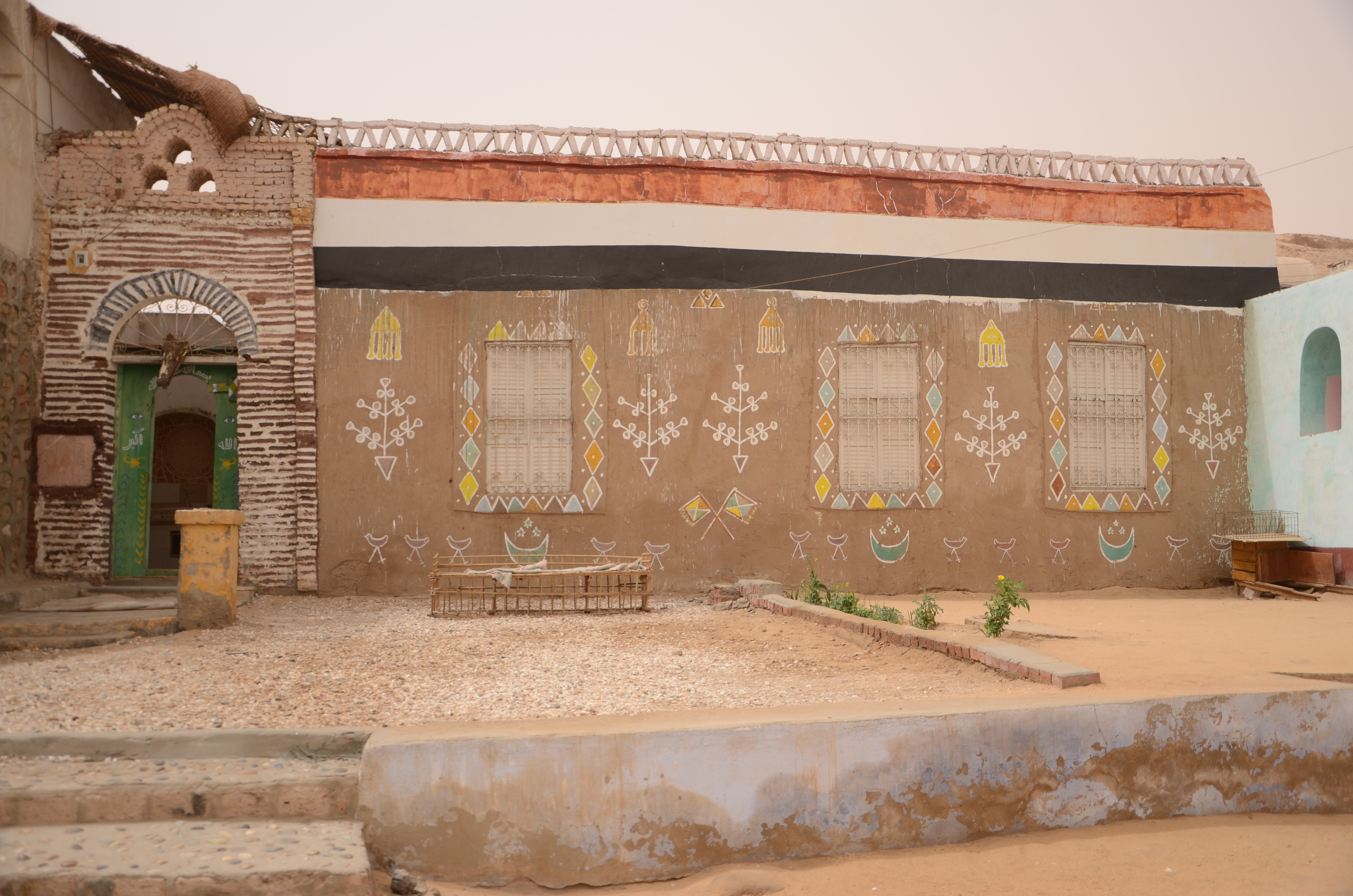 A typical Nubian house with the magnificent motifs drown on it.