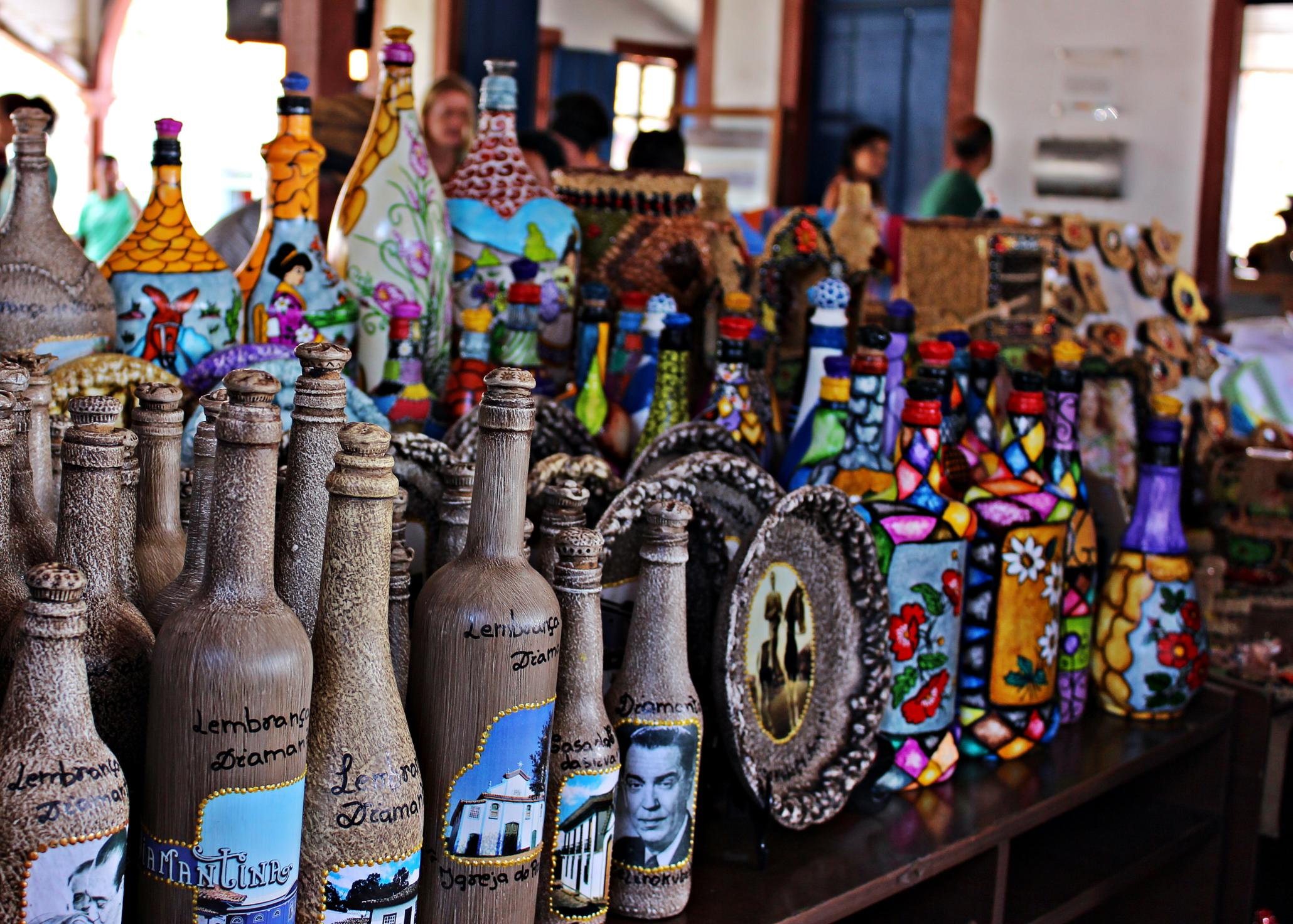 Handcrafts at City Market of Diamantina, Brazil. Photo by Natália Gonçalves.