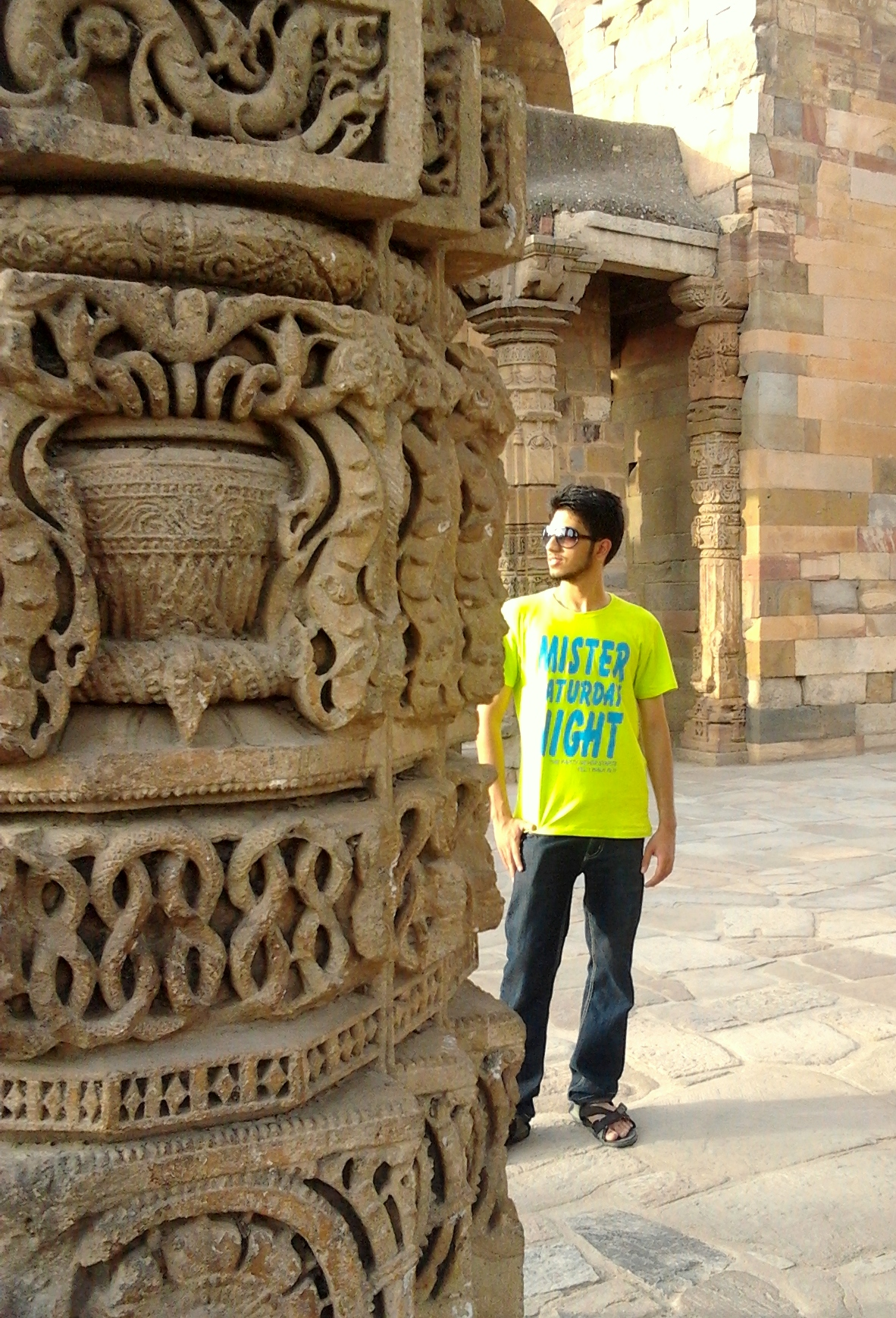 Qutab Minar was built in early 13th century. Qutbu'd-Din Aibak laid the foundation of Minar in 1199 AD in South Delhi (Mehrauli). It is a popular World Heritage Site, travellers across the world visit this place. I traveled via Delhi Metro, the closest Metro Station is Qutub Minar, however you need to take an auto rikshaw to reach the monument. My experience was great but its too hot out there. Thats how Delhi's summers are! Plan to visit in the evening. The timings are as follows: 6:00 AM - 6:00 PM