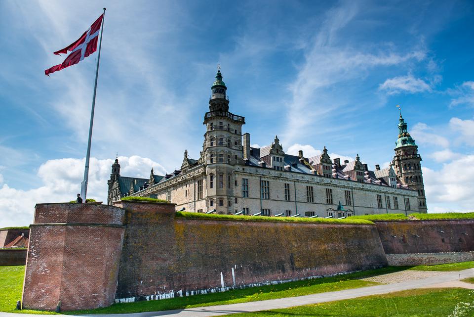 http://travelpast50.com/kronborg-castle-helsingor-denmark/