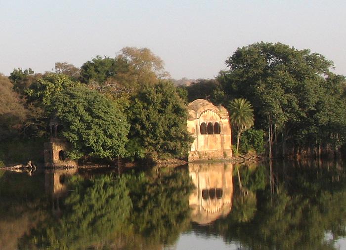 raj-bagh-ruins
