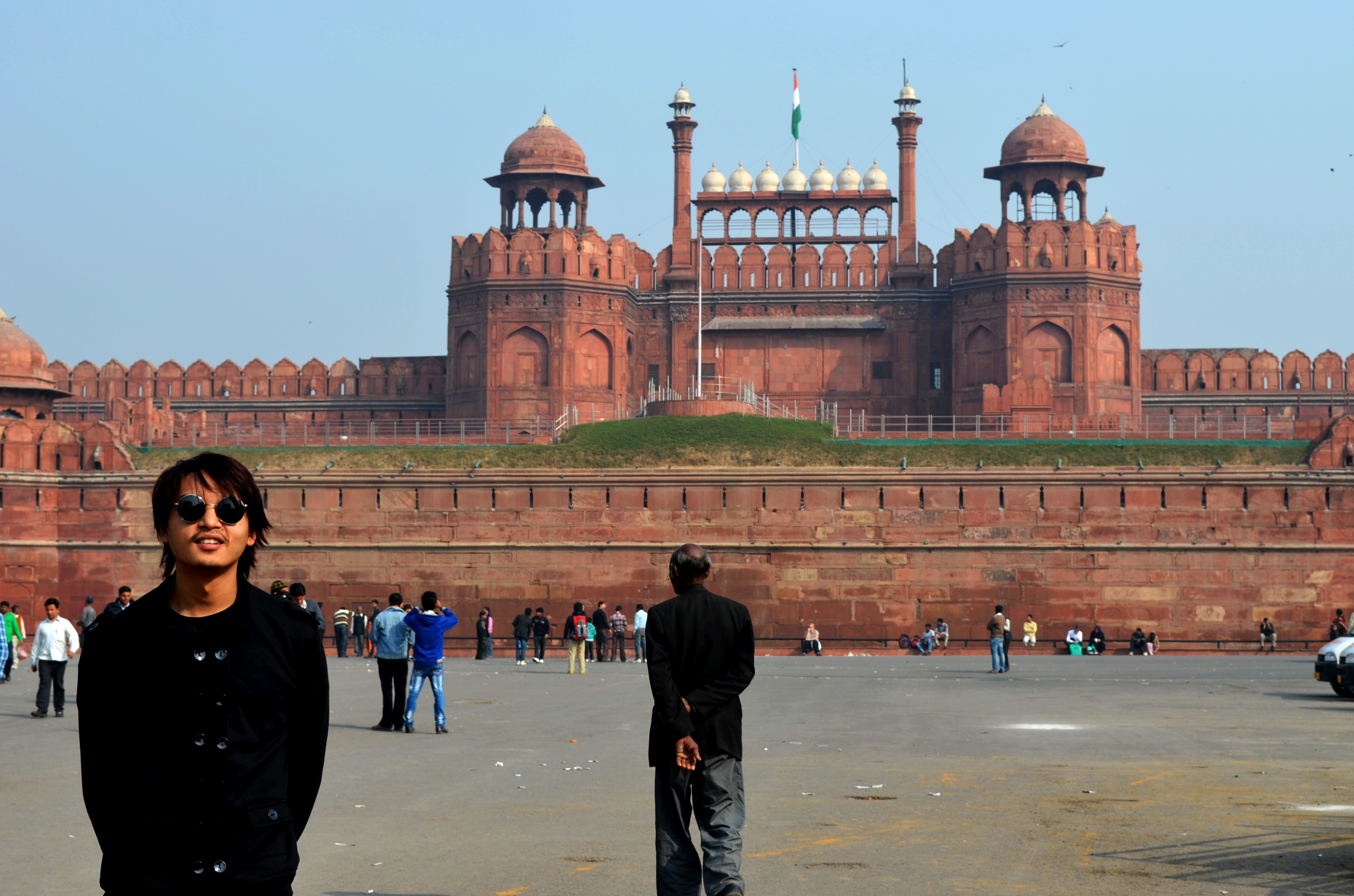 been in delhi for quite sometime now,and starting my blog here with this pic of me infront of the red fort.