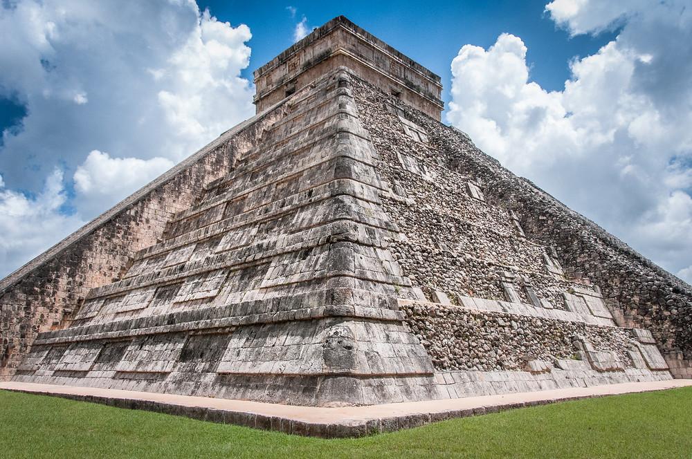 http://everything-everywhere.com/2014/09/17/unesco-world-heritage-site-277-pre-hispanic-city-chichen-itza/