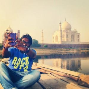 Selfie With The Taaj