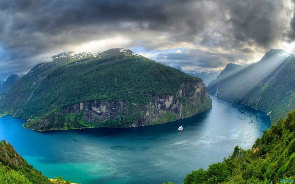 Geirangerfjord and Nærøyfjord