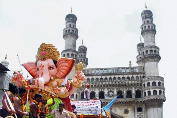 B_Id_174789_Ganesh_Chaturthi
