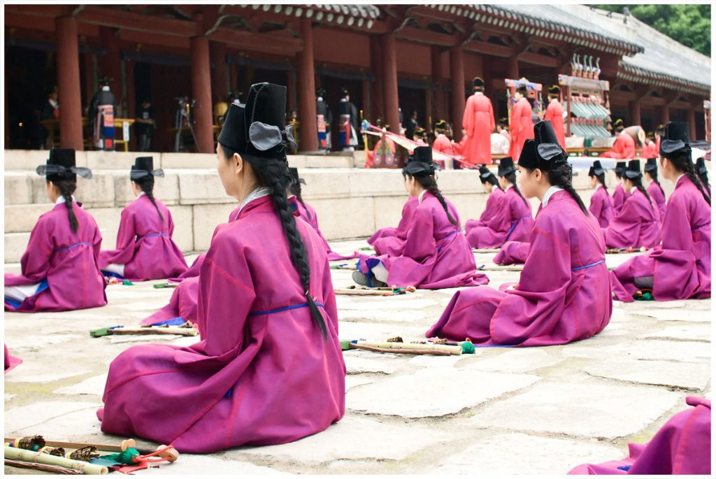 Jongmyo seoul palaces and jongmyo shrine