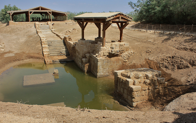 Jesus' baptism site, River Jordan. Flickr - Jan Smith