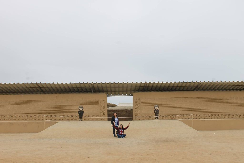 Melissa Torres Samamé-Ruinas de Chan Chan, Huaca del Sol y de la Luna, trujillo   11950410_1132103920152579_1440701737463200177_o