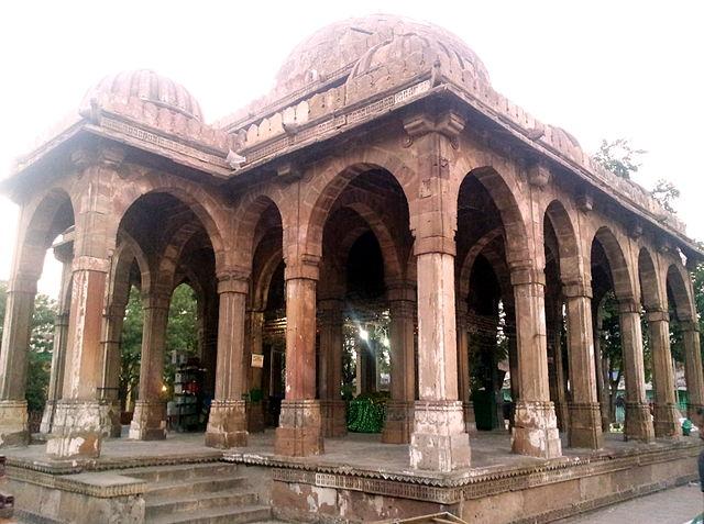 Tomb_Of_Mir_Abu_Turab_Ahmedabad