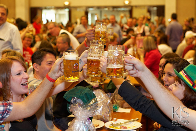 People enjoying chilled German bier at the Oktoberfest Picture Courtesy: Club Transatlântico