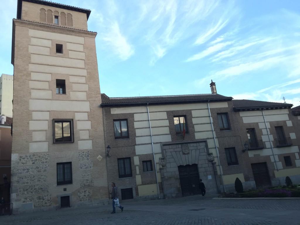 Torre de Lujanes
