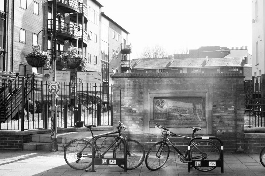 Original Globe Theatre in Rose Alley