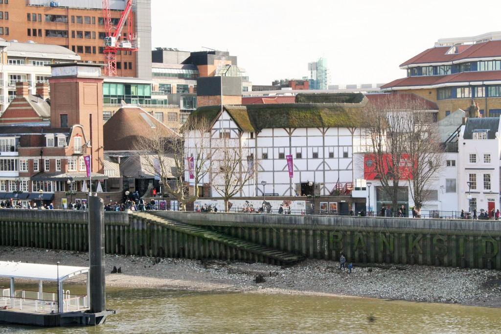 View of Globe Theatre from Millenium Bridge