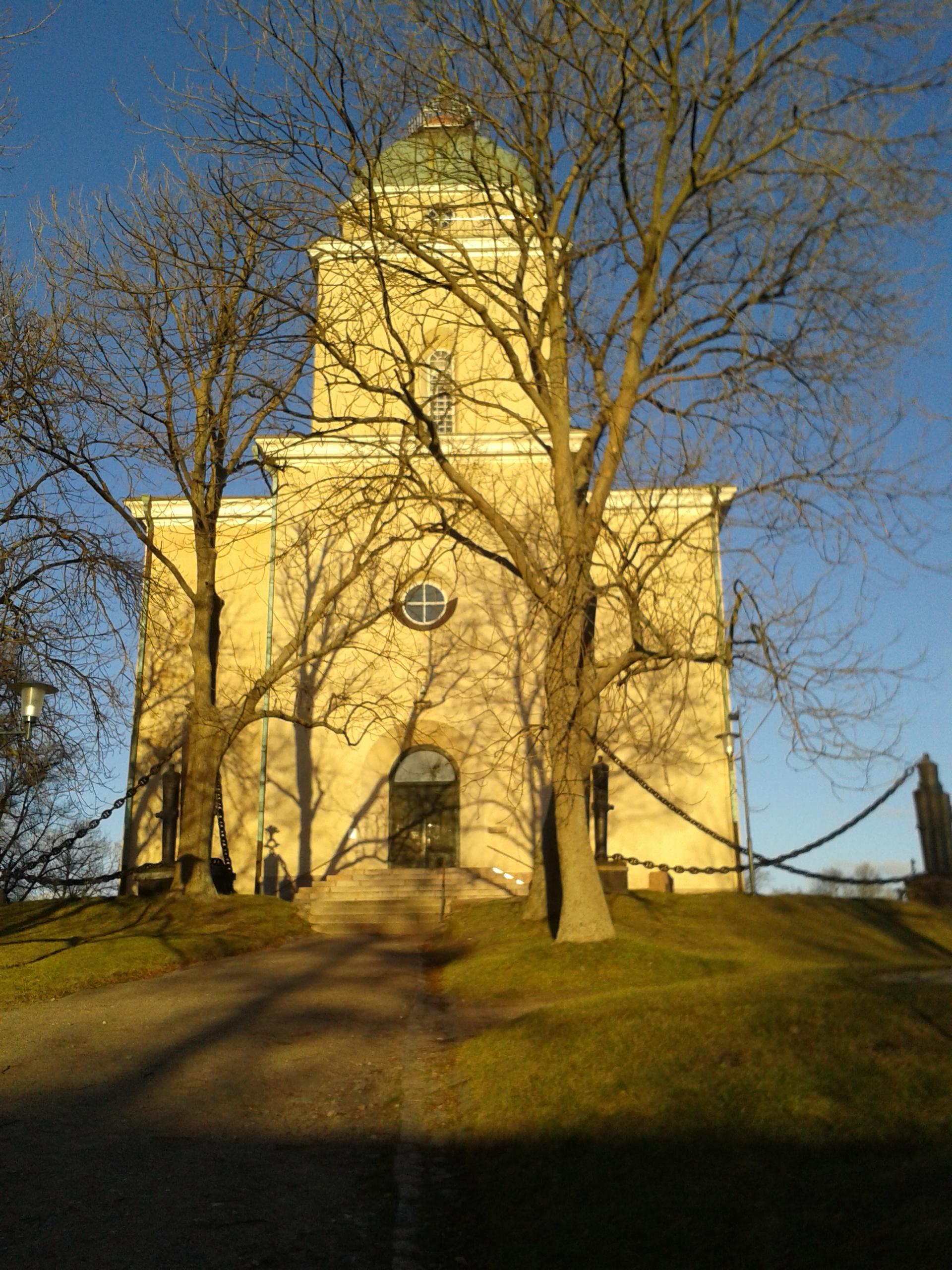 Suomenlinna_Church_Photo_Courtesy_Nikoleta_Platia (1)
