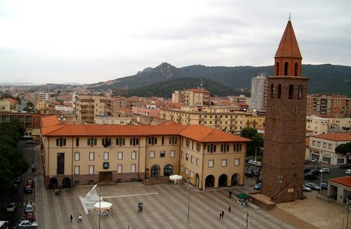 The city of Carbonia today: main square with Torre Littoria (Fascist tower), (photo taken from Google images)