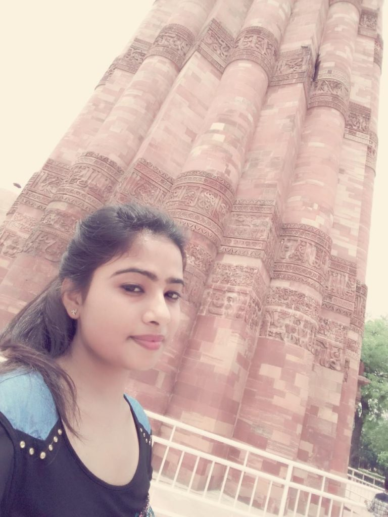 Visiting qutub minar