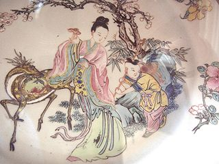 Chinese Scrolls depicting deities holding medicinal mushrooms. Image by Crazy About Mushrooms