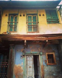 ahmedabad-an-old-pol-house-in-young-colours