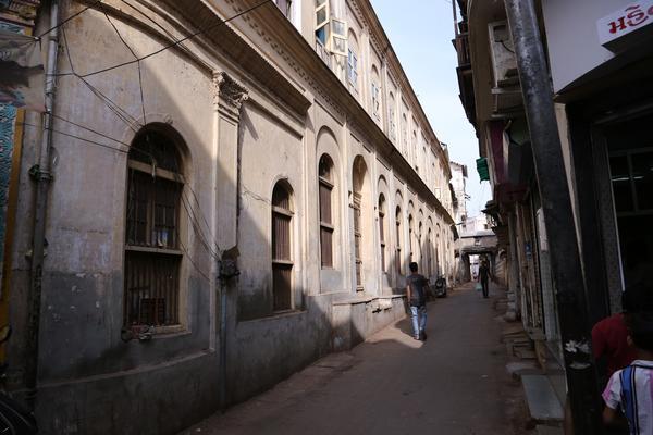 ahmedabad-narrow-alleys-amidst-pols
