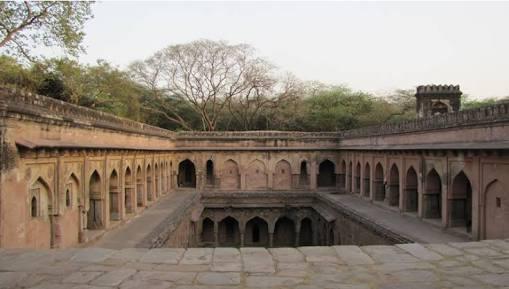 delhi-gandak-ki-baoli