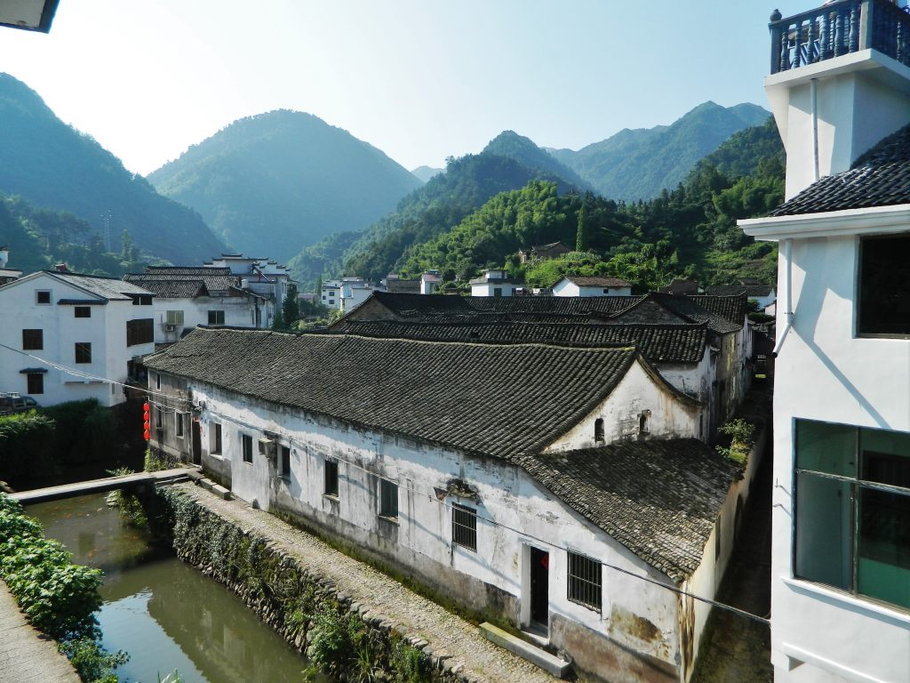 Yuyuan roofscape, photo by Giulia Falovo