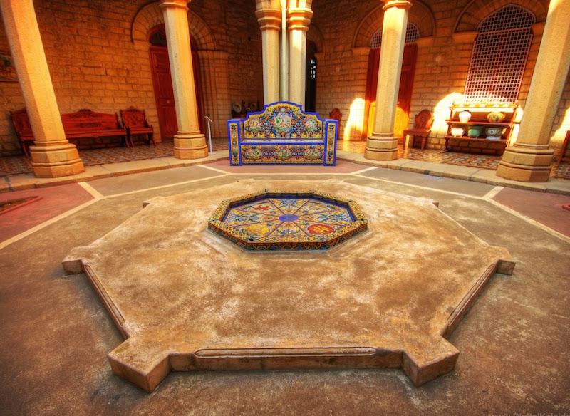 The Maharaja's courtyard. Photo credit: 4.bp.blogspot