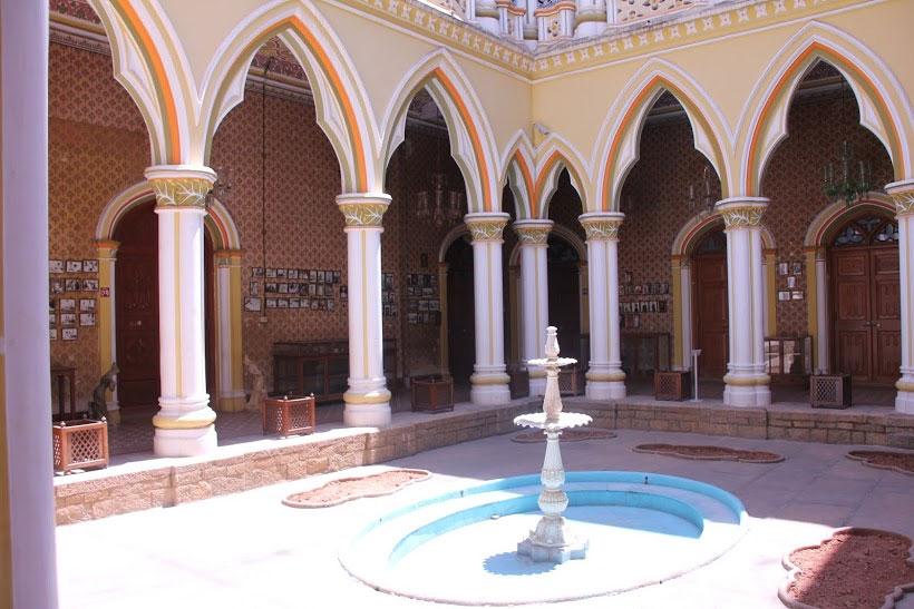 The Maharani's courtyard.