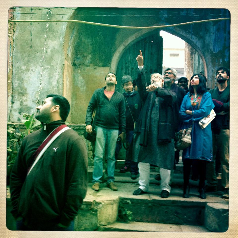 During a food walk in the city Source: Facebook Page - Discovering Delhi Heritage with Sohail Hashmi
