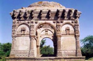 UNESCO WHS tent city of Champaner-Pavagadh found few takers