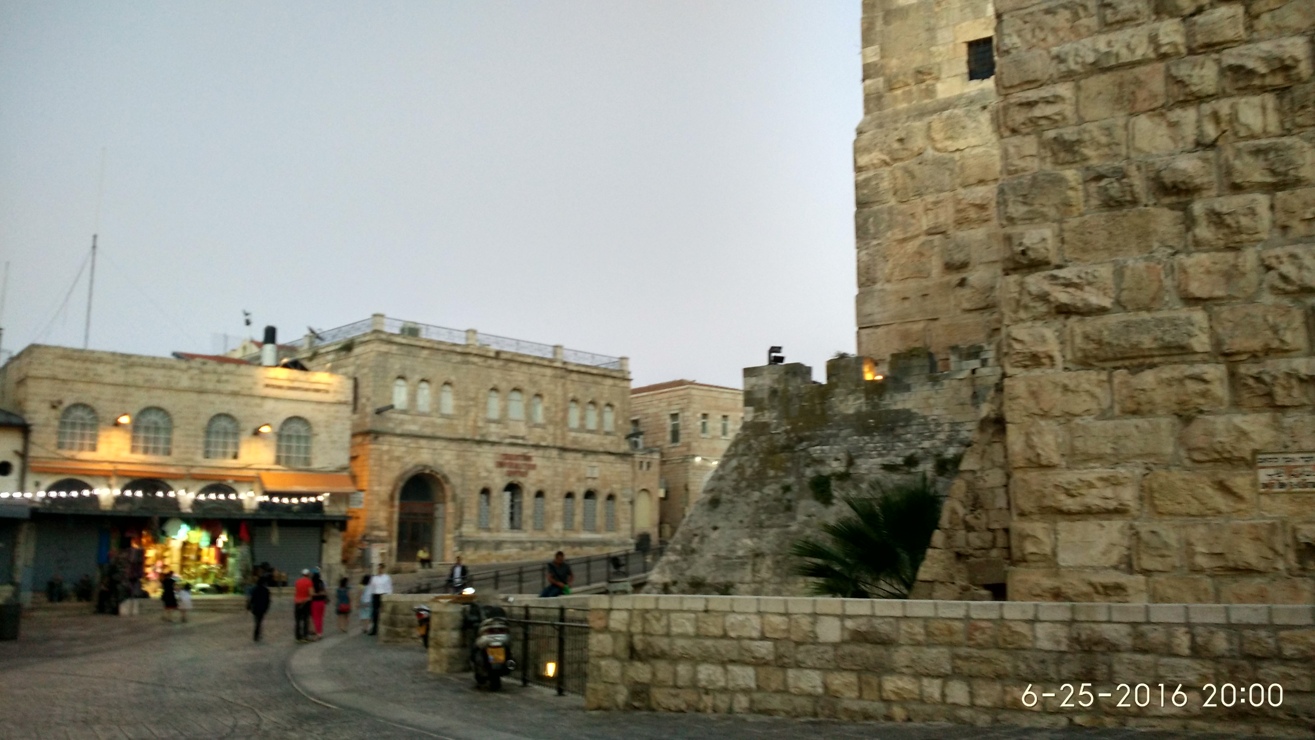 Old-City-and-Walls-of-Jerusalem-3